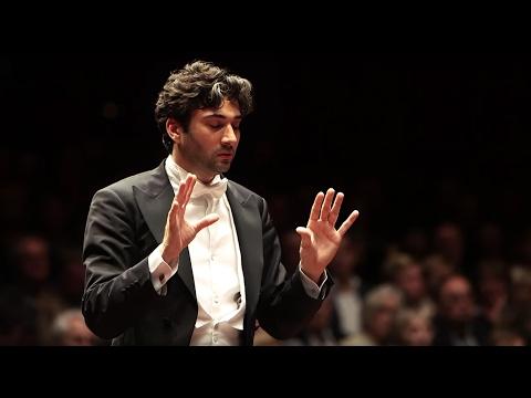 Schostakowitsch: 5. Sinfonie ∙ hr-Sinfonieorchester ∙ David Afkham