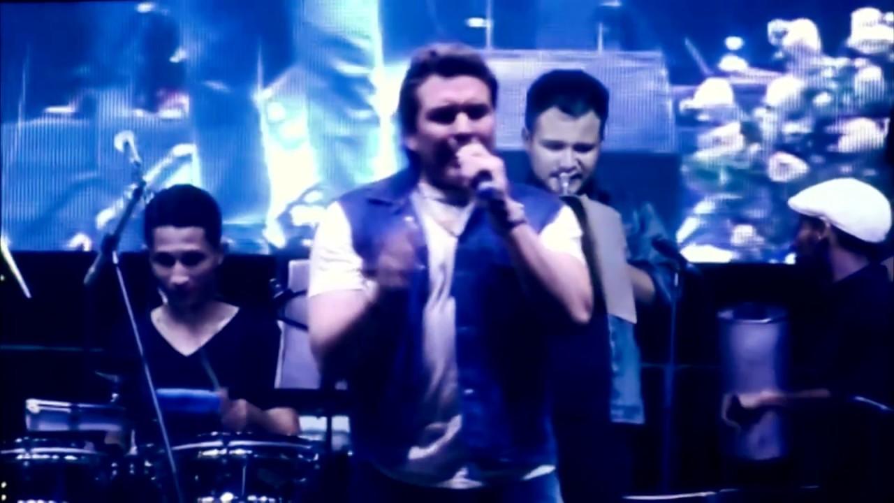 Iván y Sus Bam Band - Mix Grandes Éxitos Música Tropical Bailable y Cumbia Colombiana en Concierto
