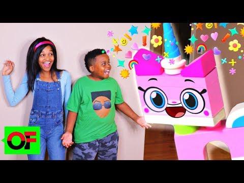 LEGO UNIKITTY Helps Shiloh and Shasha Build Her Unikingdom! - Onyx Family