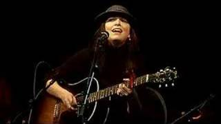 Damhnait Doyle -  California (live)