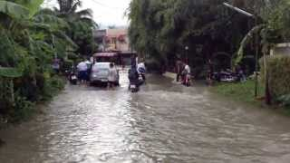 A Little Bit Of Rain (flooding in Chiang Mai)