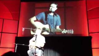 Joseph Gordon-Levitt sings R. Kelly