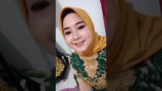 Cewek jilbab menggoda