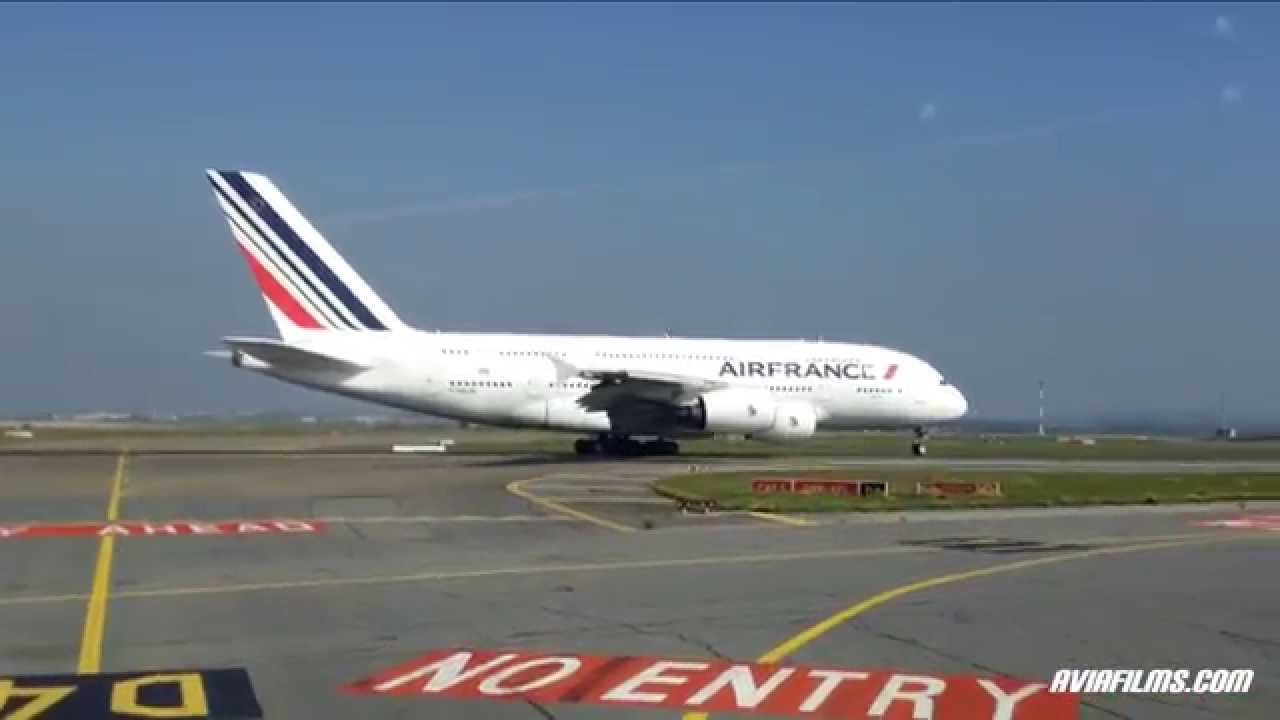 Airplanes taking off and landing A380, Beluga, B747 - YouTube