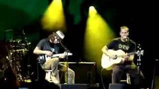 Eddie Vedder and Jack Johnson - Soon Forget - Live - Kokua 2007