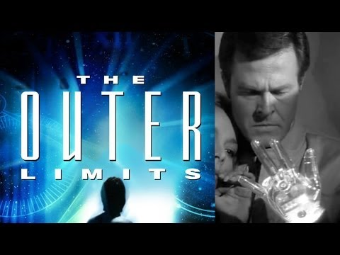 Doctor Strange Director Headed To The Outer Limits