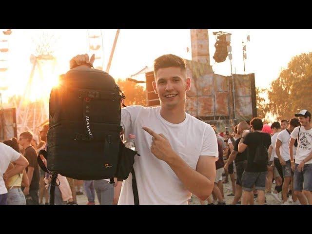 Ilyen táskát hord egy travel filmmaker
