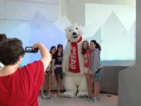59 ОТПУСК В США Добрейший медведь из Кока Колы