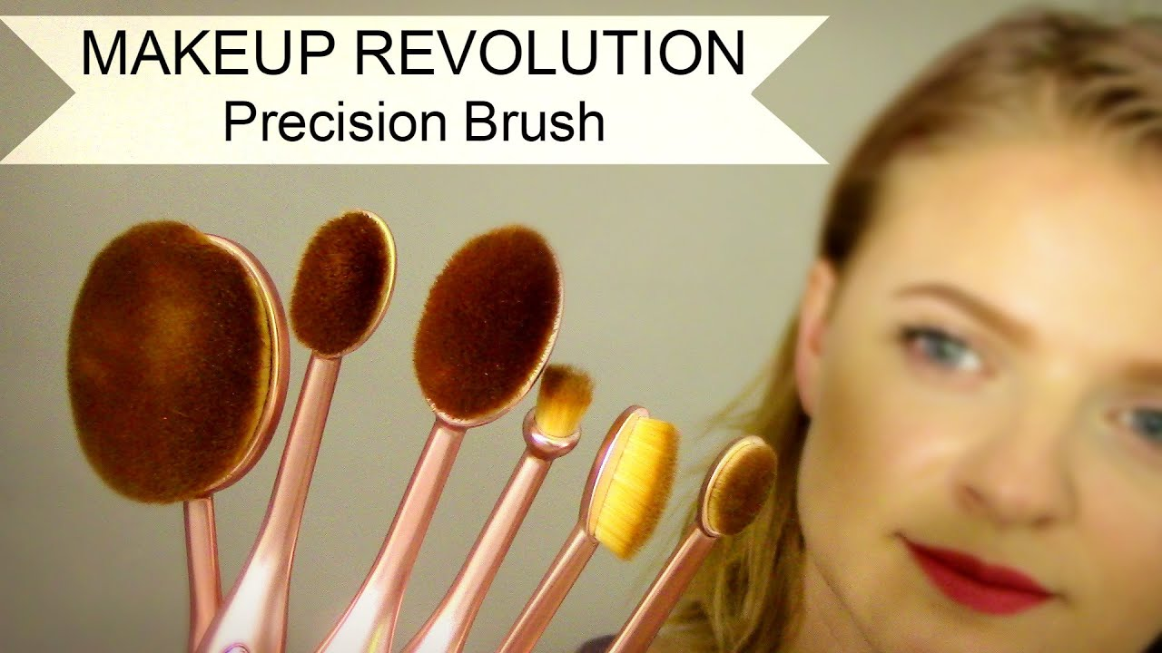 Contouring Oval Brush by precision #20
