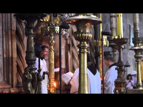 Easter Jerusalem * Church of the Holy Sepulchre * during the procession