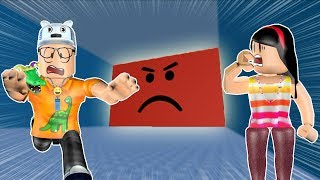 ROBLOX: MY MOTHER AND I IN: TRY NOT TO BE CRUSHED BY THE GIANT RED WALL! -Play Old man