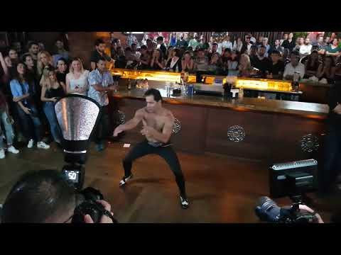 Mustafa Tura Solo Show - - Yağız Bankoğlu Dans ve Sanat Merkezi