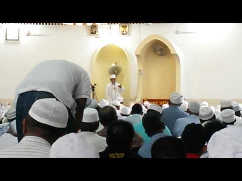 Start of jummah prayers in a Colombo mosque