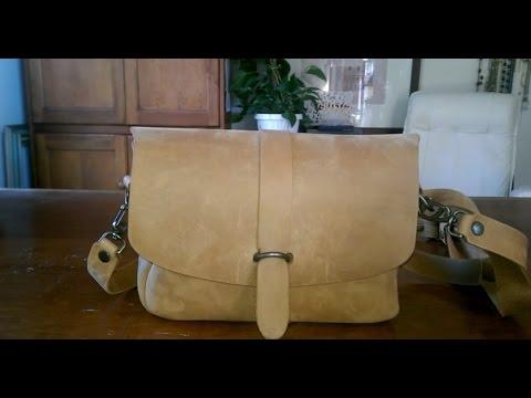 What s in my bag  Love41 Saddleback Leather Cross body Koroha Bag ... e9cfa2873a0d1