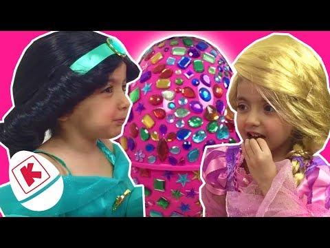 Rapunzel & Jasmine GIANT Jewel Surprise Egg - Princesses In Real Life | WildBrain Kiddyzuzaa
