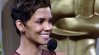 Halle Berry @ The Academy Awards 2002