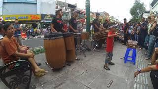 Gambar cover Penak jomblo - musisi jalanan malioboro kreatif anak jogja