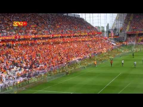 RC LENS - RED STAR : L'ambiance en tribune