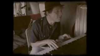 "Piano Van / Chris Stroffolino - ""I'm The Urban Spaceman"" (Bonzo Dog Band)"