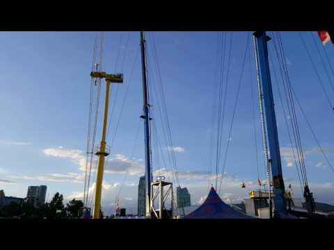 [Fun Fair] Slingshot and Skyscraper at Calgary Stampede Midway 2017