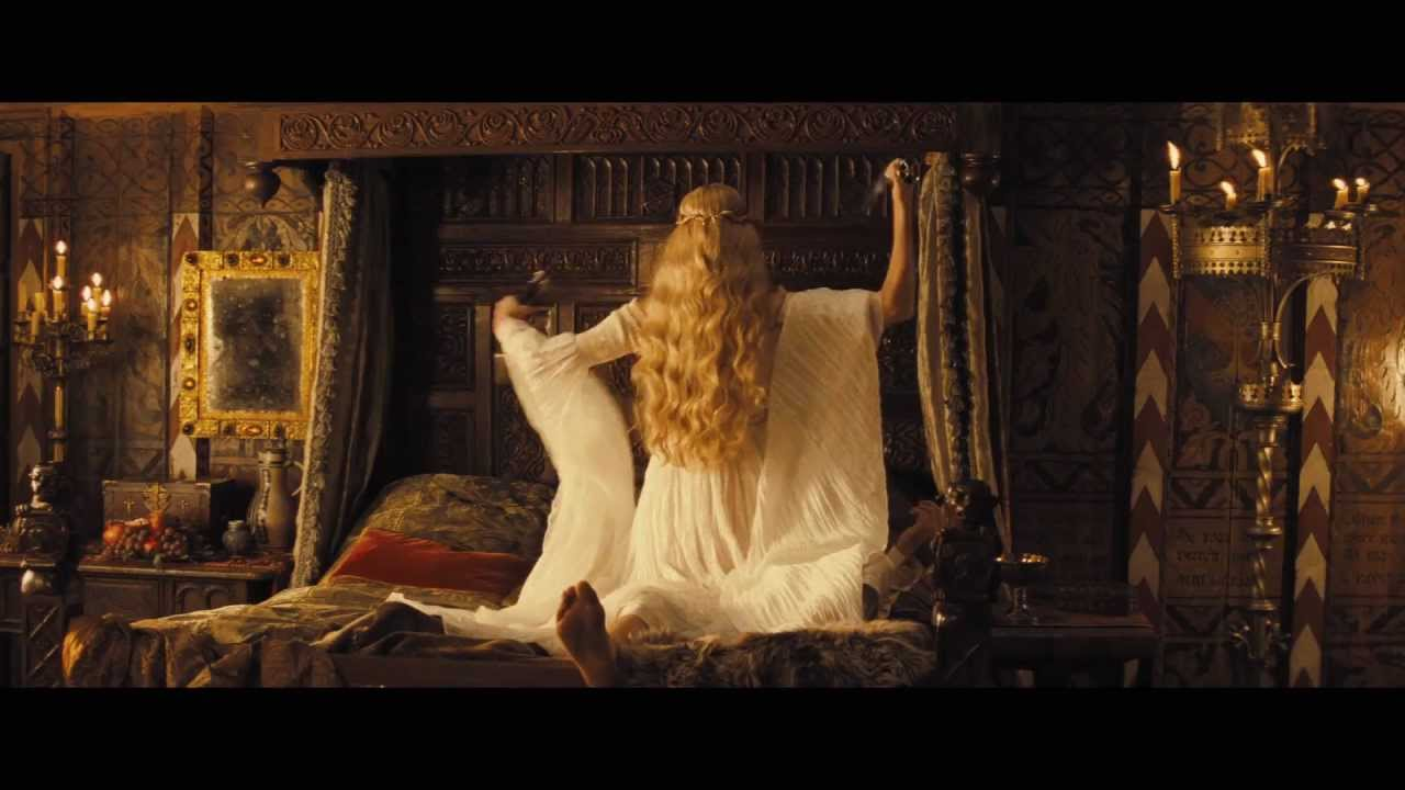 Snow White And The Huntsman The Queen YouTube