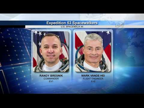 """Spacewalk to replace one of Canadarm2's """"hands"""" 