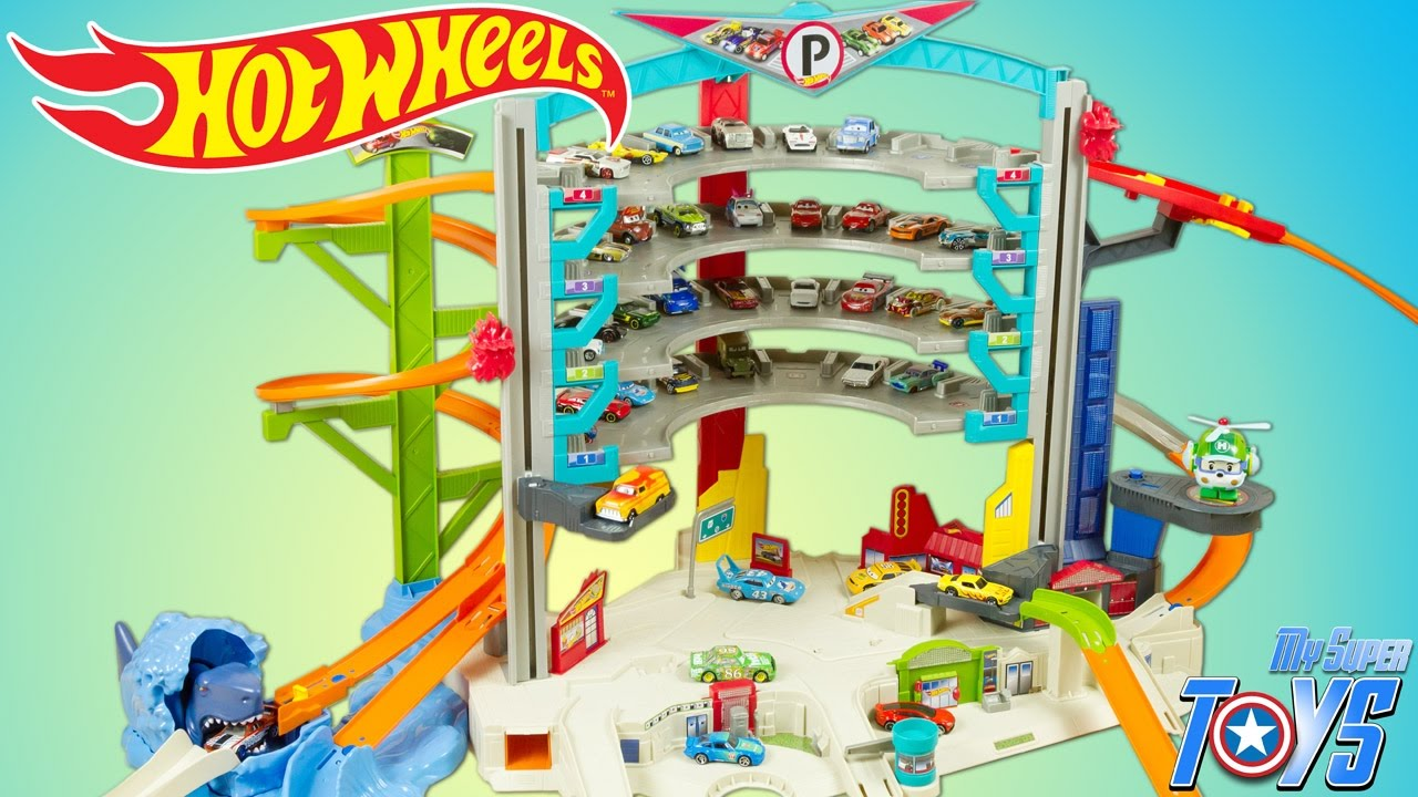 Hot Wheels Ultimate Garage Toy Review With Ramp And Shark