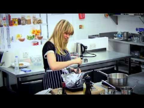 Edith Bowman vs Chef Ramsay Haggis recipe challenge - Gordon Ramsay