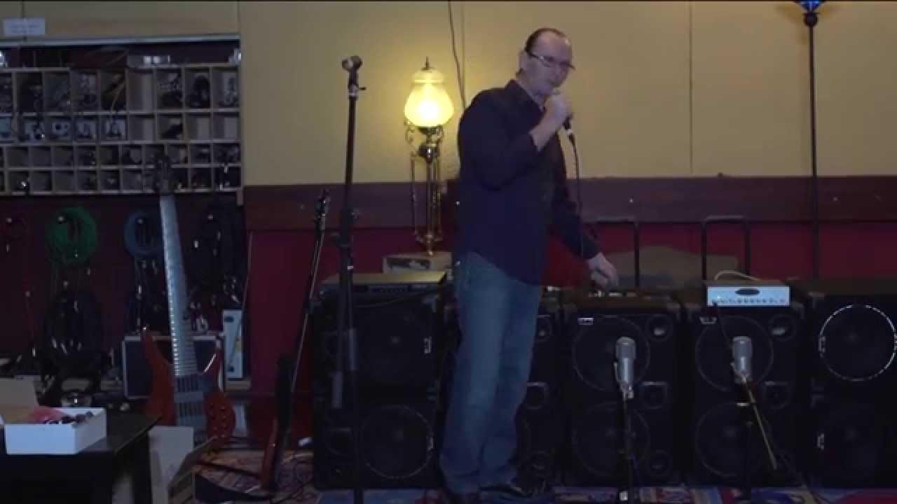 Wayne Jones High End High Powered Bass Cabinet Features - YouTube