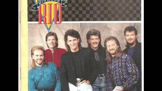 Watch Diamond Rio Pick Me Up video