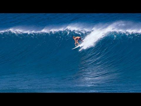 Winter Swell Surfing 01/23/2015 at Ho'okipa Maui, Hawaii Copyright 2015 Maui J & M Photography