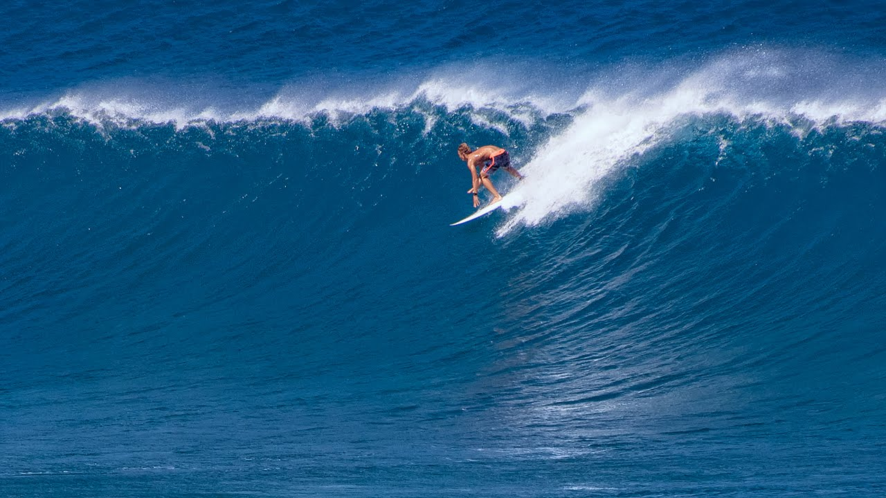Winter Swell Surfing At Hookipa Maui Hawaii Copyright - The 7 best beaches for winter surfing