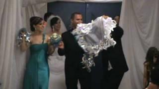 assyrian wedding shmiram & ebrahim (brite entrey) part 1.MPG