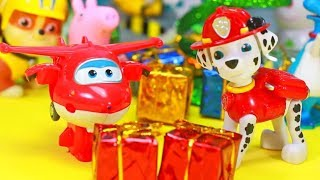 PATRULHA CANINA NATAL Abrindo Presentes Brinquedos Surpresas Super Wings CORES em Portugues Ingles