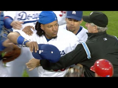 2008 NLCS Gm3: Dodgers, Phillies empty benches in 3rd