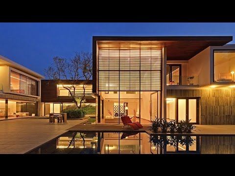 Modern Contemporary Luxury House in New Delhi, India