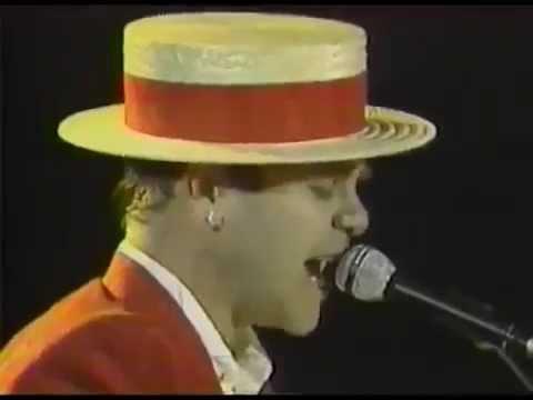 Elton John   Goodbye Yellow Brick Road  LIVE