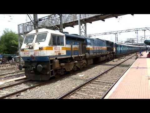 17222 Mumbai LTT Kakinada express passing from Thane