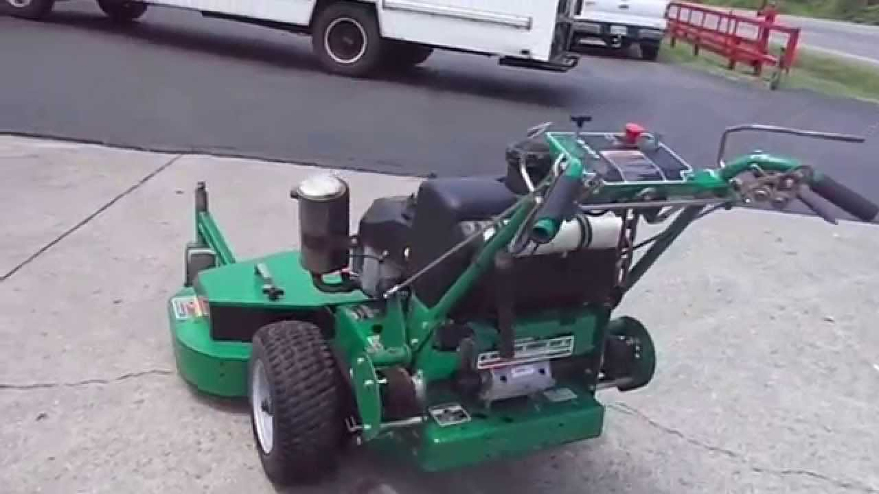 48 Bob Cat Walk Behind Lawn Mower With 15 Hp Kawasaki