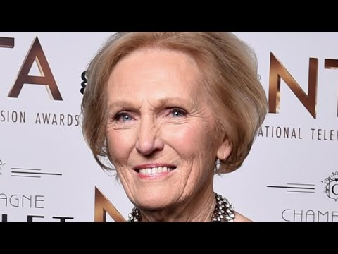 The Untold Truth Of Mary Berry