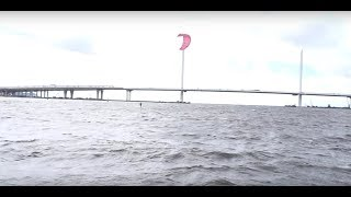 kitesurfing and foil under the bridge in Russia Кайтеры проехали под мостом ЗСД в Санкт-петербурге