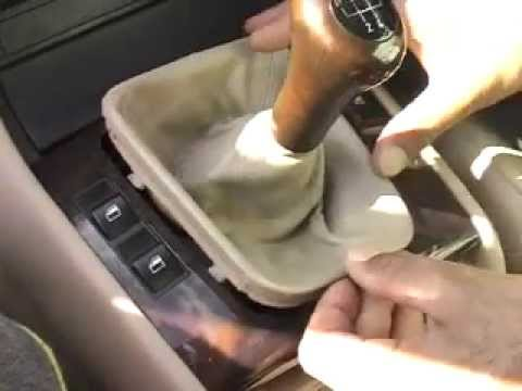 BMW 320d E46 Centre Console Removal & Refitting