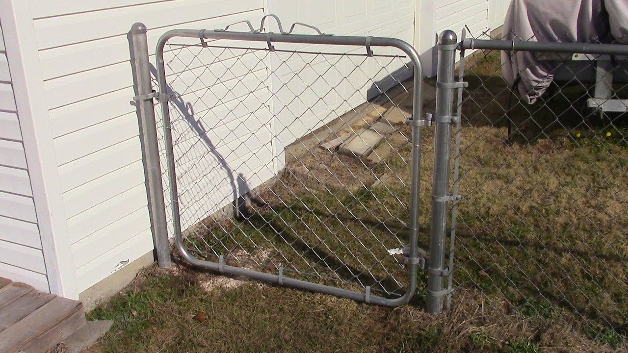 Installing A Chain Link Fence Gate Mm 72 Youtube