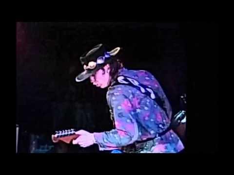 Stevie Ray Vaughan - Mary Had A Little Lamb ( Live At El Mocambo)