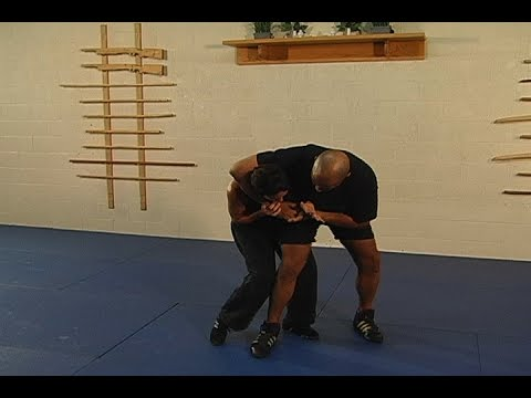 Defensive Knee Strikes  |  Personal Defense Network