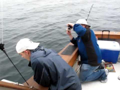 Deep sea fishing fail youtube for Youtube fishing video