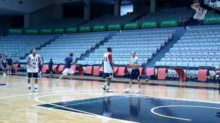 USA basketball practice - Derrick Rose shooting 3