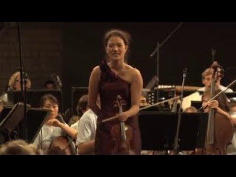 YE EUN CHOI: Wieniawski Violin Concerto No.2 with Christoph Eschenbach