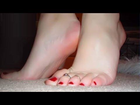 تبيض القدمين ????تخلصي من اسمرار القدمين ????تبييض سريع في دقائق❤تقشير القدمين