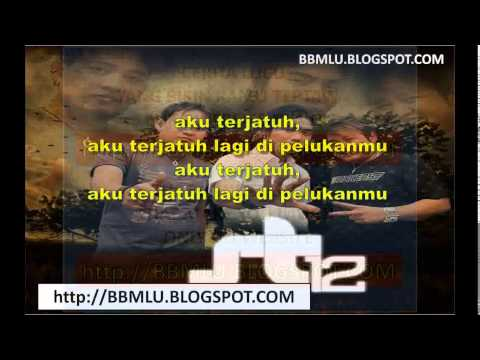 ST 12 - Aku Terjatuh (LIRIK) | OFFICIAL LYRIC VIDEO @LIRIKMUSIK10